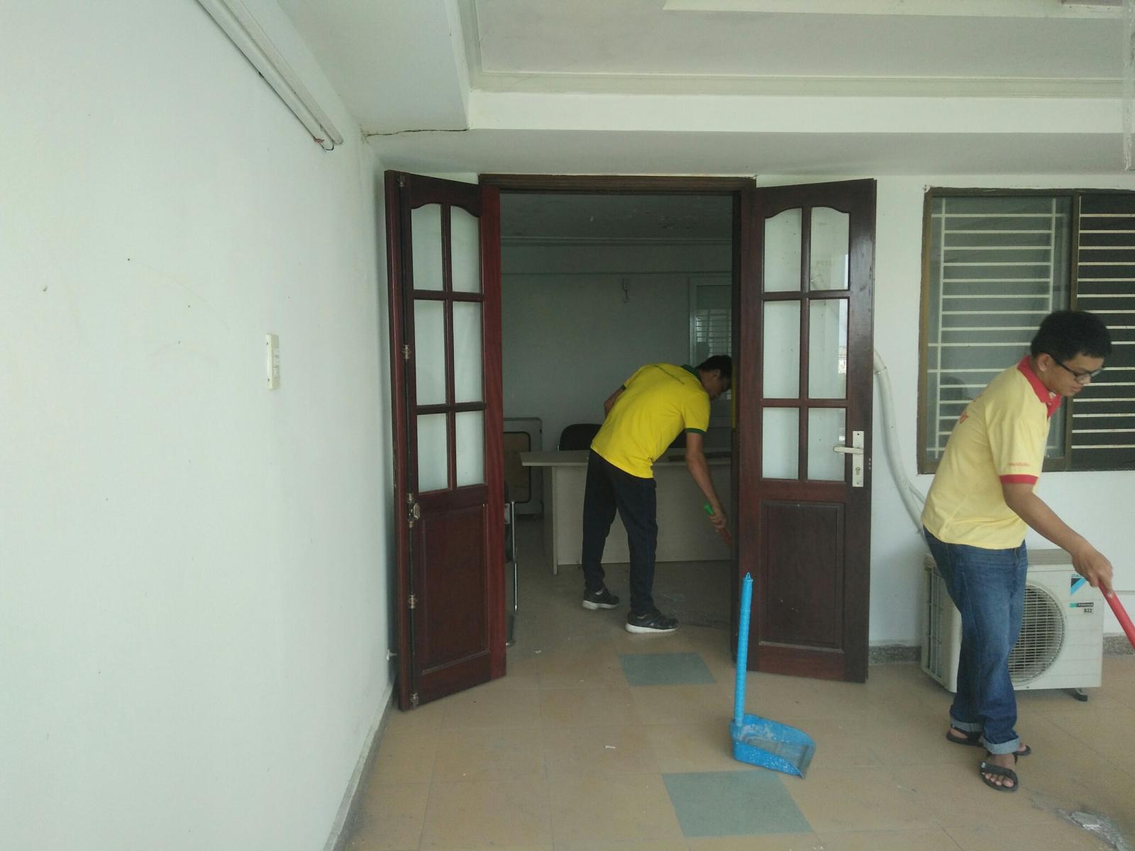 Dịch vụ vệ sinh công nghiệp Phương Trân JSC