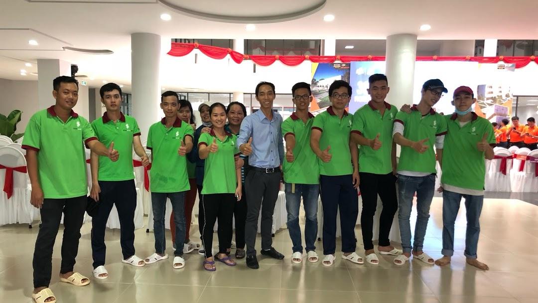 Công ty TNHH Dịch Vụ Vệ Sinh Gia Nguyễn - Chúng tôi là doanh nghiệp hoạt  động trong lĩnh vực Vệ Sinh Công Nghiệp, di dời văn phòng - Chuyển nhà trọn